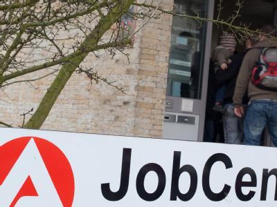 Eingang zum JobCenter der Agentur für Arbeit in Frankfurt (Oder).