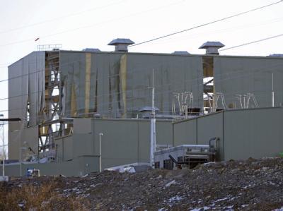 Das beschädigte Kraftwerk nach der Explosion. Mindestens fünf Menschen starben.