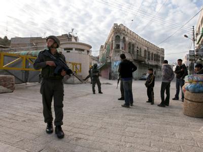 Ein israelischer Soldat in Hebron: Das Westjordanland ist laut EuGH kein Teil des Staates Israel.