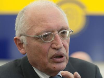 Auch der damalige EU-Kommissar Günter Verheugen wurde ausgespäht.