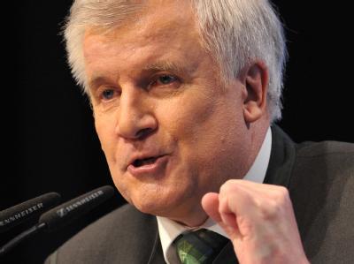 Die CSU-Landesgruppe im Bundestag rebelliert im Koalitionsstreit gegen Parteichef Horst Seehofer.