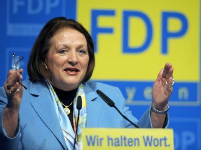 Bundesjustizministerin Sabine Leutheusser-Schnarrenberger (FDP) will sich beim Datenspeicherungsgesetz Zeit lassen.
