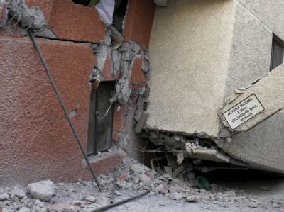 Eingestürztes Gebäude in der Hauptstadt Santiago de Chile.