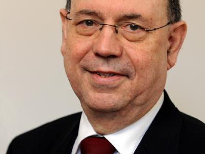 Nikolaus Schneider, der kommissarische EKD-Vorsitzende, erwartet ein Comeback seiner Amtsvorgängerin Käßmann.