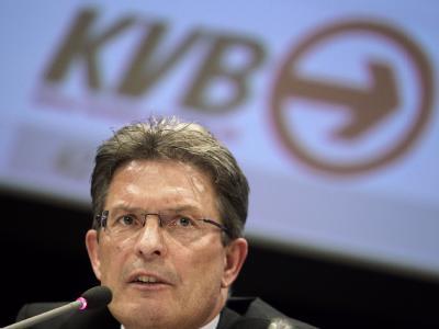 Die Kölner Verkehrsbetriebe (KVB) wollen sich von ihrem technischen Vorstand, Walter Reinarz, trennen.