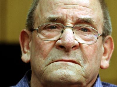 Der Angeklagte Heinrich Boere in Aachen im Saal des Landgerichts.(Archivbild vom 28.10.2009)