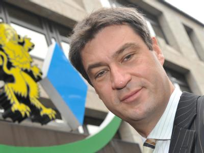 Der bayerische Umweltminister Markus Söder (CSU) steht in der eigenen Partei in der Kritik.