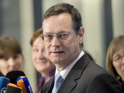 Der FDP-Politiker Hellmut Königshaus ist neuer Wehrbeauftragter des Bundestags.