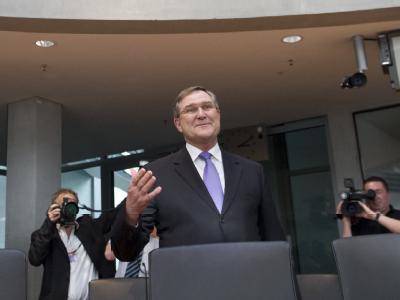 Der ehemalige Bundesverteidigungsminister Franz Josef Jung (CDU) kommt  zum Kundus-Untersuchungsausschuss des Bundestags.