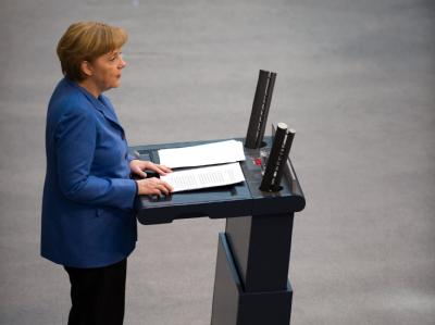 Bundeskanzlerin Angela Merkel gibt im Bundestag ihre Regierungserklärung ab.