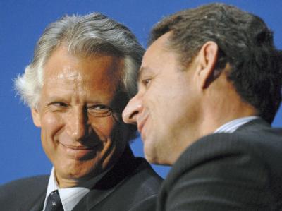 Zwischen 2004 und 2006 herrschte offener Krieg zwischen Dominique de Villepin und Präsident Nicolas Sarkozy um die Nachfolge von Jacques Chirac.