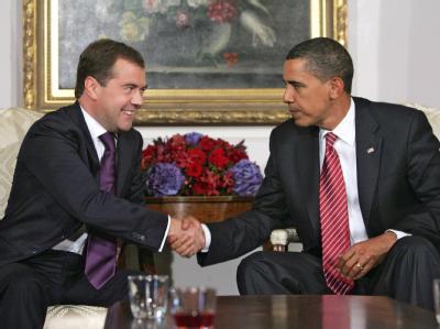 US-Präsident Barack Obama (r) und der russische Präsident Dmitri Medwedew im September 2009.
