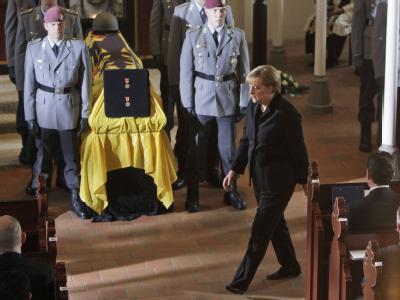 Trauerfeier f�r get�tete Soldaten