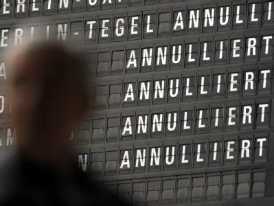 Nach Berechnungen der Internationalen Luftfahrtvereinigung IATA kostete das Flugverbot rund 1,7 Milliarden Dollar.