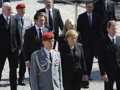Zentrale Trauerfeier für getötete Soldaten