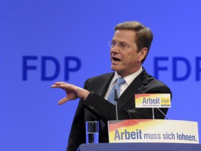 FDP-Chef Westerwelle spricht beim Bundesparteitag in Köln.