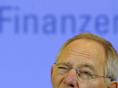 Finanzminister Wolfgang Schäuble berät mit den Fraktionschefs der Bundestags-Parteien über das Hilfsbegehren aus Athen.