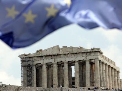 EU-Flagge vor Akropolis