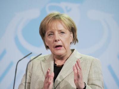 Nach der CDU-Wahlschlappe in Nordrhein-Westfalen nehmen die Angriffe aus der Union gegen Kanzlerin Angela Merkel und die Regierung zu.