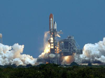 Der letzte Start: Das Space Shuttle Atlantis «Atlantis» hebt vom Kennedy Space Center in Cape Canaveral ab.