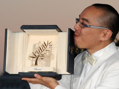 Apichatpong Weerasethakul hat mit seinem Film «Uncle Boonmee Who Can Recall His Past Lives» die Goldene Palme errungen.