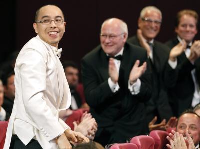 Der thailändische Regisseur Apichatpong Weerasethakul (l.) bekam die Goldene Palme 2010.