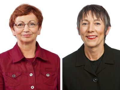 Auch die Bundestagsabgeordneten Inge Höger (l) und Annette Groth (r, beide Die Linke) nahmen an der Solidaritätsfahrt teil.