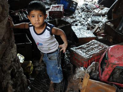 Ein Kind in einem von Tropensturm «Agatha» betroffenen Haus in Tegucigalpa, Honduras.