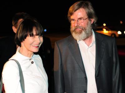 Micheline Calmy-Rey und Max Göldi