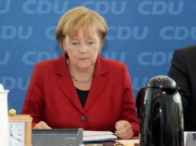 Die CDU-Vorsitzende und Bundeskanzlerin Angela Merkel, hat Mühe, Ruhe in die schwarz-gelbe Koalition zu bringen.