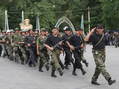 Kirgisische Soldaten