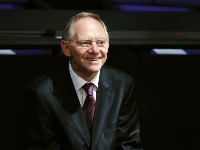 Da freut man sich: Bundesfinanzminister Wolfgang Schäuble. (Archivbild)