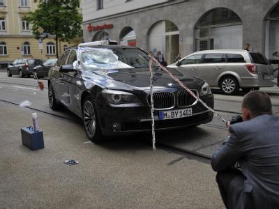 Auto von Joachim Gauck nach Verkehrsunfall