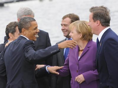 US-Präsident Obama, Kanzlerin Merkel, Russlands Präsident Medwedew und der britische Premier Cameron beim G8-Gipfel.
