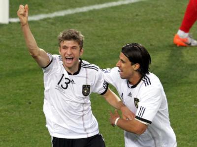 Thomas Müller steuerte gleich zwei Treffer zum 4:1-Sieg gegen England bei.