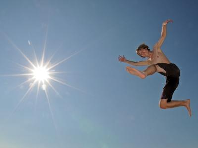 Sprung in die Sonne