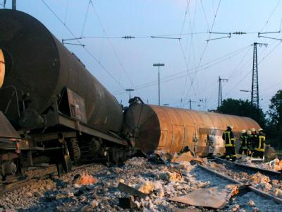 Vier Wagen eines Güterzugs sind im Bereich des Augsburger Hauptbahnhofs entgleist.