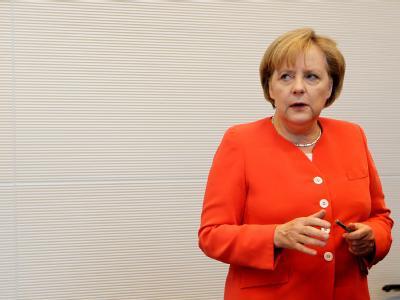 Bundeskanzlerin Angela Merkel muss sich derzeit Tipps für eine besser Führung anhören.