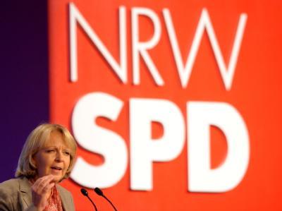 Die Landesvorsitzende der NRW-SPD, Hannelore Kraft spricht auf dem außerordentlichen Landesparteitag in Köln.