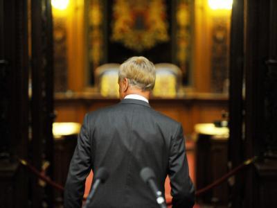 Hamburgs erster Bürgermeister Ole von Beust wird zum 25. August zurück treten.