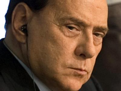 Schwierige Zeiten für Italiens Ministerpräsident Silvio Berlusconi (Archivbild)