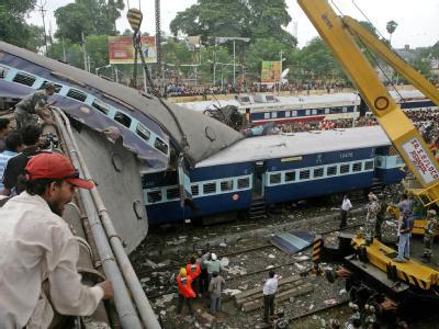 Mindestens 60 Tote bei Zugunglück in Indien