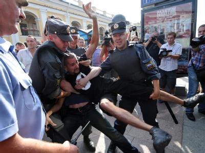 Russische Polizei nimmt Oppositionelle fest