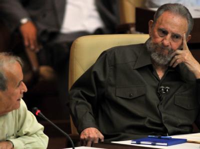 Die USA kritisierte Fidel Castro (re.) scharf, zu innenpolitischen Fragen äußerte er sich nicht.