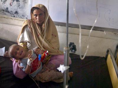 Flutopfer in Pakistan: Die EU-Kommission hat angekündigt, die Katastrophenhilfe zu verstärken.