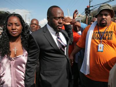 Der US-Musiker Wyclef Jean darf bei den Präsidentschaftswahlen in Haiti nicht kandidieren. Der Rapper mit haitianischen Wurzeln wurde nicht in die Kandidatenliste aufgenommen.