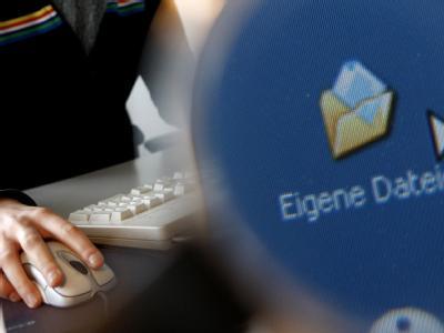 Die Bundesregierung hat sich weitgehend auf einen Entwurf für ein Gesetz zum Arbeitnehmer-Datenschutz geeinigt.