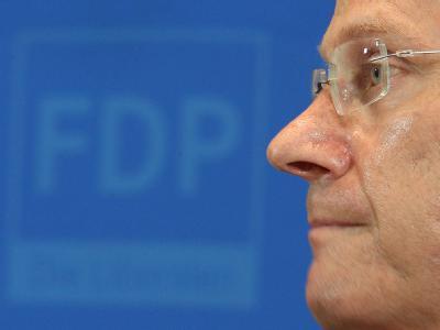 Der Unmut in der FDP über den Parteivorsitzenden Westerwelle schwelt weiter.