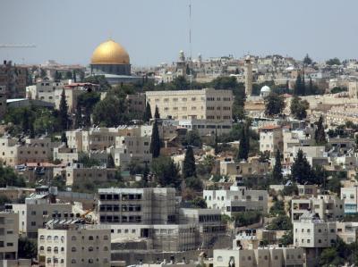 Blick auf Ostjerusalem mit der Altstadt und dem Felsendom.