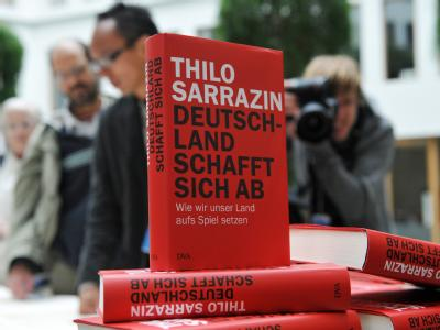 Das Buch «Deutschland schafft sich ab - Wie wir unser Land aufs Spiel setzen» von Thilo Sarrazin.